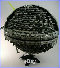 2005 LEGO 10143 Star Wars Death Star II 100% Complete Detailed collectors set