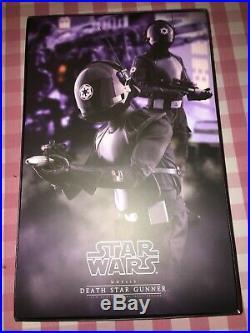 Hot Toys Star Wars Death Star Gunner Episode 4 ANH