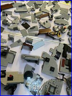 LEGO Star Wars Death Star 2008 (10188) comes with everything you see