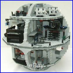 Lego 10188 Star Wars Episode 4/5/6 Death Star 24 Minifigures Stickers Complete
