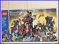 Lego Castle Knights Kingdom 8877 Vladek's Dark Fortress New Set
