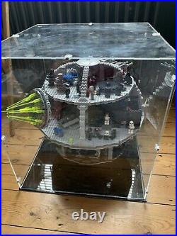 Lego Star Wars Death Star (75159) With Display Case (100% Complete)