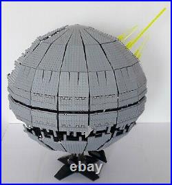 Lego Star Wars Ultimate Collectors Series # 10143 Death Star II Very Rare