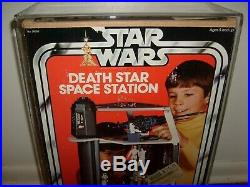 VINTAGE KENNER DEATH STAR FIGURE PLAYSET 100% COMPLETE With AFA STYLE CASE