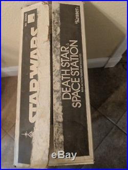 Vintage 1977 Kenner Star Wars Death Star Space Station Playset Complete withBox