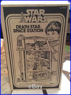 Vintage Kenner Star Wars Death Star Space Station Playset 99% Complete withBox