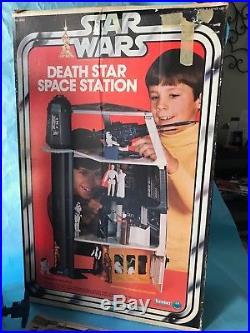 Vintage Star Wars Death Star & 12 Back Figures 3.75 1977 1978 Han Luke Vader